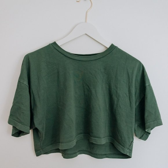 TNA Green Crop Top T-shirt